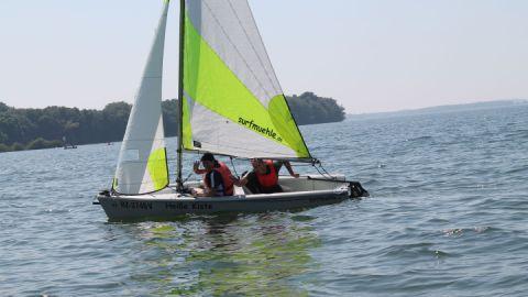 Segeln - Katamaran- und Surfmühle Boek