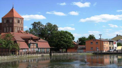 Mühlenviertel mit Stadtkirche Teterow