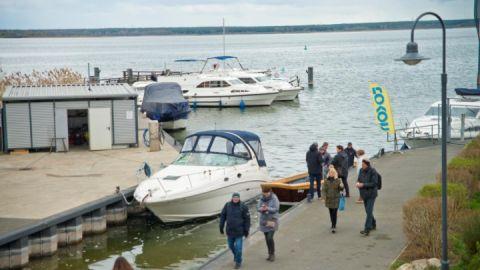 Hausboote - TausendSeenForum 2019