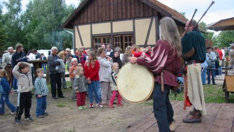 Mittelalterliche Klänge auf dem Hanseviertel