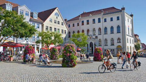 Marktplatz Waren