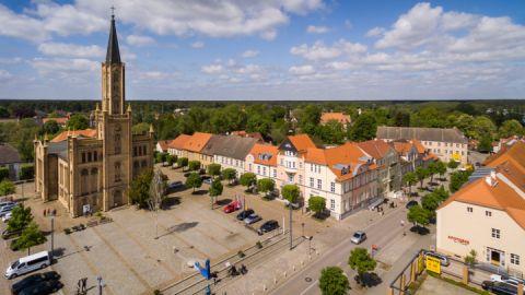 Stadtkirche und Marktplatz - Fürstenberg/Havel
