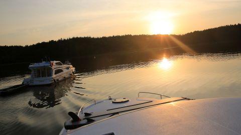 Abendstimmung - Le Boat Hausboote