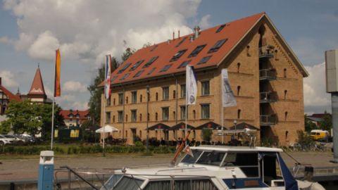 """""""Alter Kornspeicher"""" am Stadthafen Neustrelitz"""