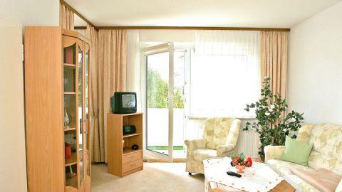 Ferienwohnungen - Warener Wohnungsgenossenschaft