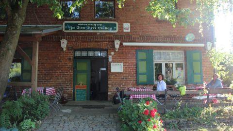 """Außenansicht - Gasthof """"Zu den drei Linden"""""""