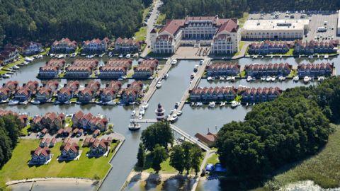 Luftaufnahme Hafendorf Rheinsberg Maritim Hafenhotel