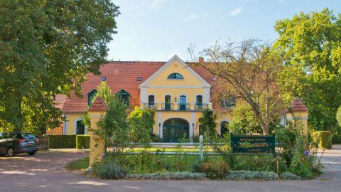 Eingang - Gutshaus Solzow