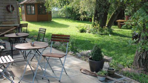 Bei sommerlichen Temperaturen können Sie auch gerne auf der Terrasse verweilen