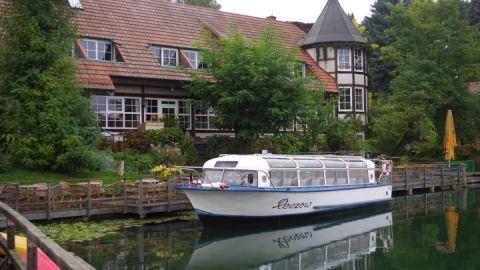 """Das Fahrgastschiff MS """"Reczow"""""""