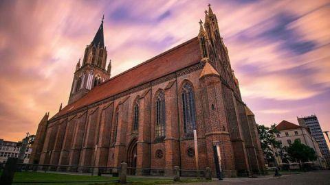 Außenansicht - Konzertkirche Neubrandenburg