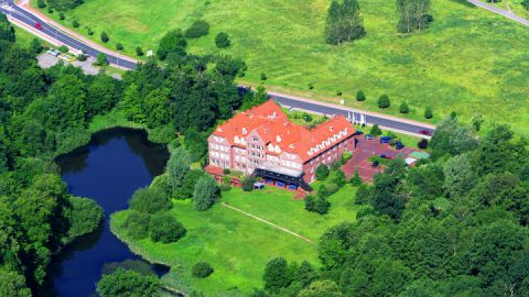 Luftbild - The Royal Inn Park Hotel Fasanerie Neustrelitz