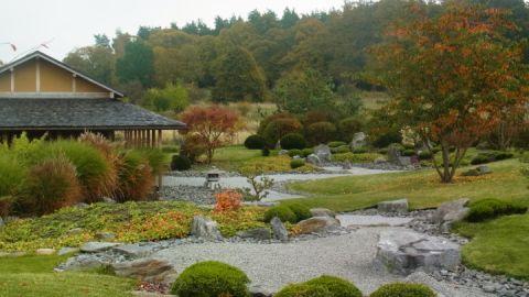 Japanischer Garten mit Zen-Garten