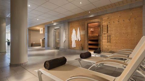 Wellnessbereich mit Saunen im Maritim Hafenhotel Rheinsberg