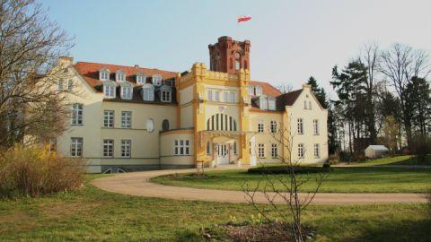 Schloss Dorfansicht