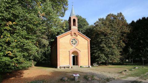 Außenansicht - Kirche Speck