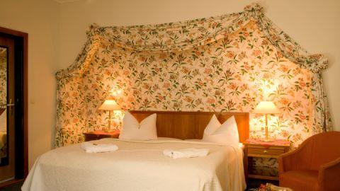 Unsere Zimmer sind individuell und stilvoll ausgestattet