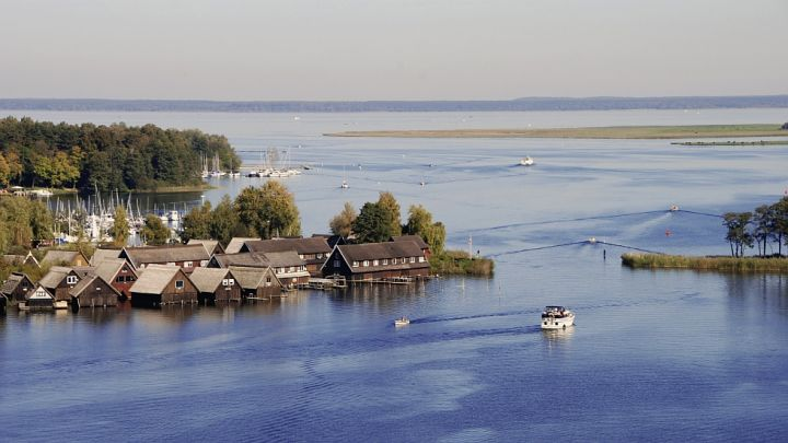 mueritz-hausboot-mieten-panorama